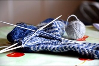 Free Class: Learn to Knit!