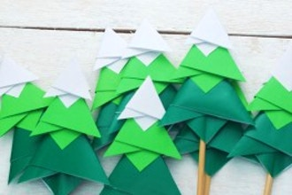 Craft Hour: Pop-Up Cards and Paper Structures