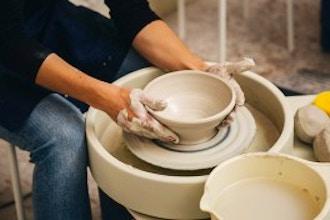 art/pottery-wheel/8ff6a7bc69a107cff163bcf6a3a9f352.jpeg