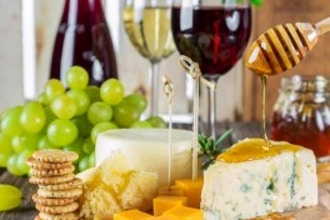 Holiday Wine and Cheese Pairing