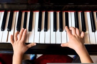 Kids Piano Lab - Level 1 (Ages 6-8)