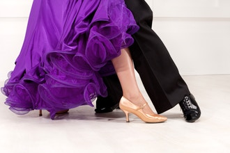 ABSOLUTE BEGINNER BALLROOM DANCE