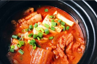 Asian Soups + Stews: Chinese, Korean, Vietnamese + Thai