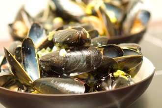 How to Cook Clams, Mussels, Shrimp, and Scallops