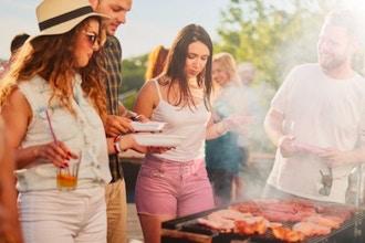 All-Day BBQ Cooking Class (Buddies Pass)