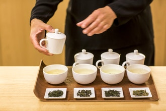 Unique Introduction to Grand Crus & Tea Tasting in Soho