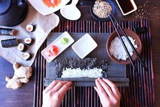 Sushi Making with Unlimited Sake and Appetizer