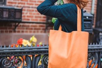 The Greenpoint Leather Tote: Sewing Leather
