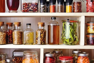 Clean Eating: Stocking a Healthy Pantry, Fridge