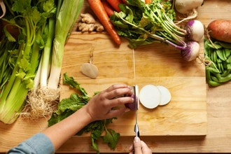 Healthy Weeknight Cooking: Knife Skills