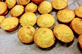 Kids Cheesy Cornbread Muffins (Online)