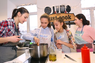 Teen Chef Class: Copycat recipes