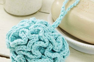 Crochet - Bath Pouff