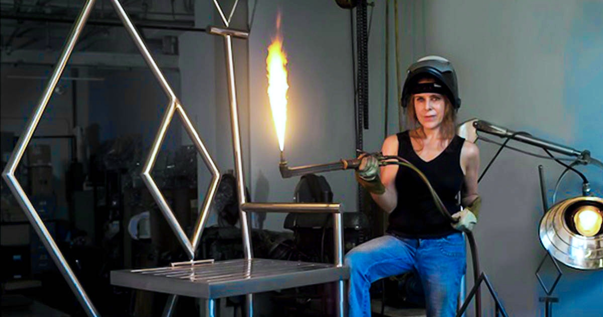 Introduction To Arc Stick Welding With A Mask Metal Working Classes New York Coursehorse Michelle Greene Sculpture