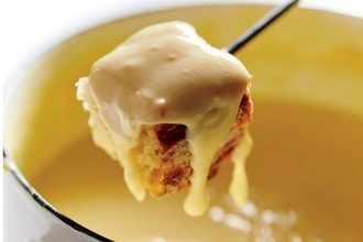 Cooking with Wine: Fondue and Raclette Party