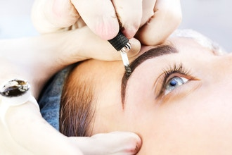 Eyelash Extension and Microblading Course