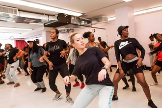 SOCA N SWEAT Virtual Class Led by @Melodicshell