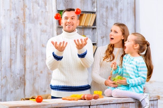 Family Juggling (For Parents and Kids Ages 7 and Up)