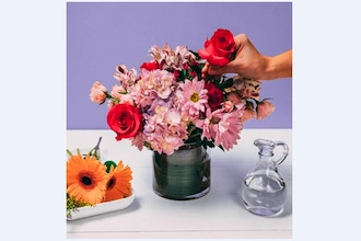 Flower Workshop: Galentine's Day DIY Flower Arrangement