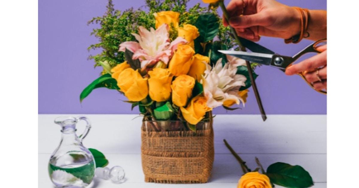 Flower Workshop Make Flower Arrangements Floral Design Classes