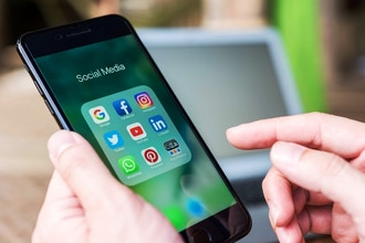 Social Media Basics For Artists + Makers