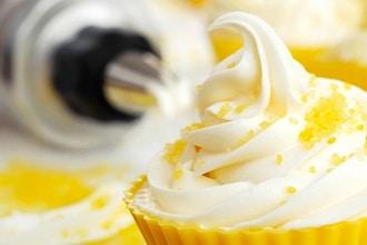 Horneo y Decoracion de Cupcakes Basico