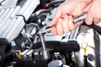 Look Who`s Under the Hood: A Women`s Car Care