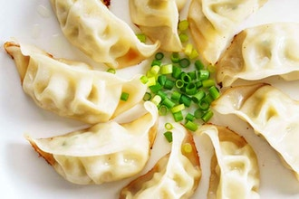 Couples Cooking: Dumplings for Beginners