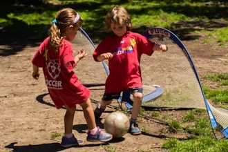 Super Soccer Stars (Ages Older 4 to 5)