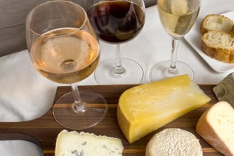 Holiday Sparklers: Sparkling Wine and Cheese
