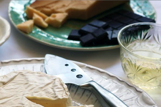 Dessert Date w/ Royal Tokaj: Wine, Chocolate & Cheese