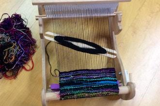 Weaving Small Loom (Berwyn)