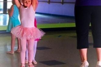 Tiny Ballerinas (2yrs)
