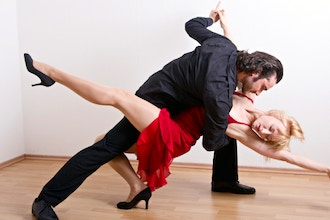 Salsa Styling & Footwork for Men & Women