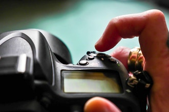 Digital Photography: Get Off Auto (Ages 16+)