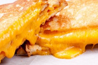 Big Kids: Melt Grilled Cheese Competition (Ages 12-16)