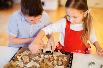 Mid Kids Holiday Baking (Ages 9-11) (Hands On)