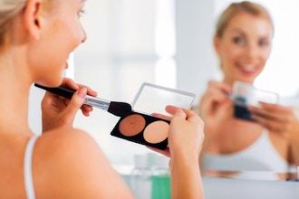 Makeup Artistry - Highlight & Contour (Online)