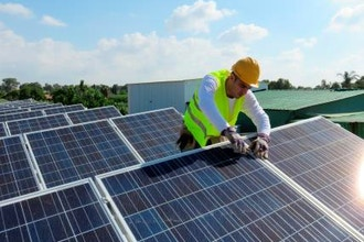 Become a Solar Installer in 5 Weeks - Green Training Los Angeles |  CourseHorse - East Los Angeles College