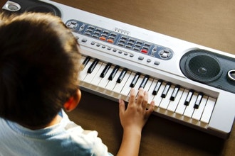 Electronic Keyboard / Piano (Ages 7+)