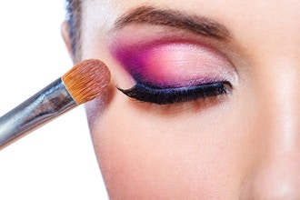 Makeup Artistry - All about Eyes (Online)