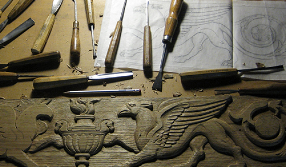 Tools techniques traditional relief carving in wood furniture