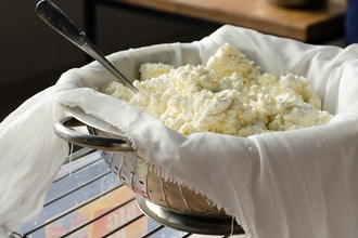 Virtual Cooking: Hands-On Mozzarella Making 101