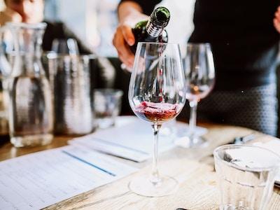 wine1-pour.jpg