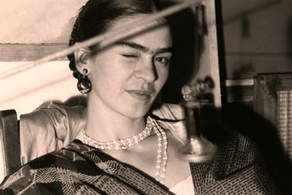 Frida's Fragrance: Art, Scent, & Persona
