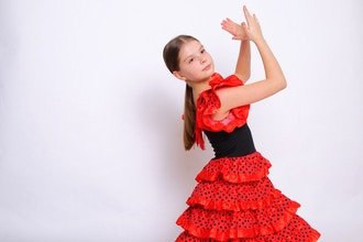 Kids Flamenco (Ages 5-7)