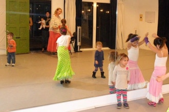 'Dance with Me' Baby Flamenco (Ages 4 & under)