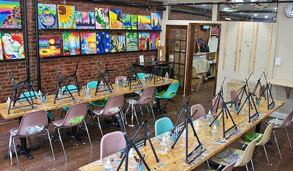 Painting Lounge