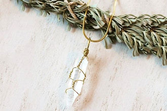 Create Your Own Wire Wrapped Crystal Jewelry Workshop