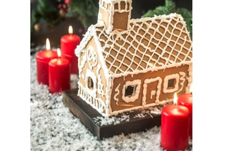 Grown-Up Gingerbread Decorating